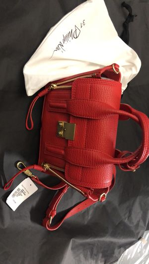 Luxury handbag for Sale in Ashburn, VA