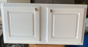 Kitchen cabinet for Sale in Moreno Valley, CA