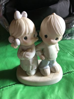 "precious moments ceramic size dimensions 6"" h x 4 1/2""L for Sale in Franklin Park, IL"