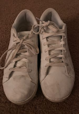 Time and tru women's shoes size 10 for Sale in Grand Island, NE