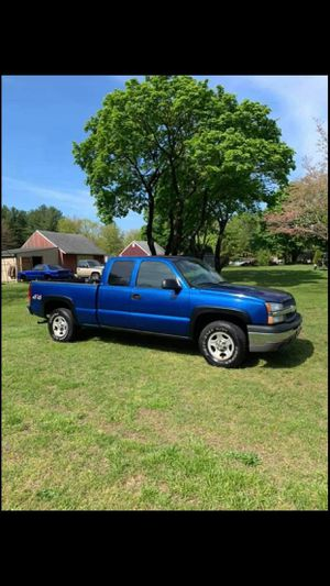 04 chevy 1500 4x4....TRADES for Sale in Atco, NJ