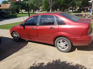 Clean 2004 ford focus for Sale in Joshua, TX