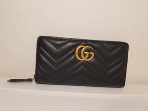 Gucci Marmont Black Leather Woman's Wallet for Sale in Queens, NY