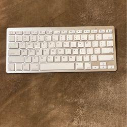 Wireless Keyboard(white) for Sale in Anaheim,  CA