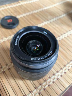 Sony DSLR camera lens for Sale in Detroit, MI