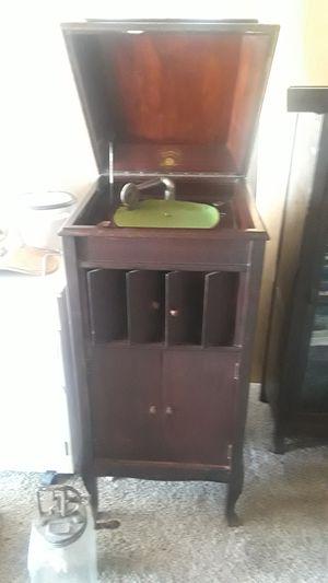 Columbia grafonola standing record player for Sale in Rio Vista, CA