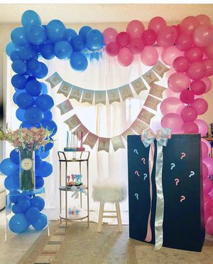Balloon Decorations for Gender Reveal for Sale in Garden Grove, CA