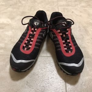 Pearl Izumi X-ALT Seek Cycling Shoes, 9.5/43 for Sale in Haverhill, MA