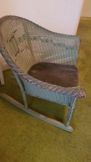 Antique child's rocking chair for Sale in Murfreesboro, TN