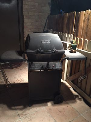 NICE BBQ Grill for Sale in Spring, TX