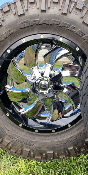 4 rims for a Ford F-350 for Sale in Salinas, CA