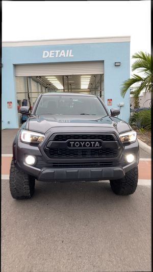 2016 Toyota Tacoma Sr5 ... lifted 3 inch 33 inch tires and Fox suspension for Sale in Davenport, FL