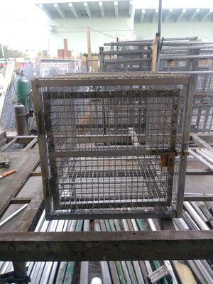 Heavy duty dog cage for Sale in Miami, FL
