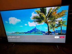 "55"" LG 4K Ultra HD TV for Sale in Sacramento, CA"