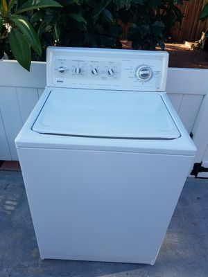 KENMORE KING SIZE CAPACITY WASHER for Sale in Pico Rivera, CA