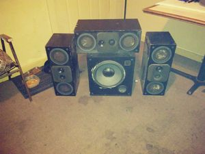Phase technologies pc3 surround sound speakers for Sale in Neodesha, KS