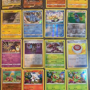 Holograph And Reverse Holo Pokemon Lot. 16 Cards for Sale in Vista, CA