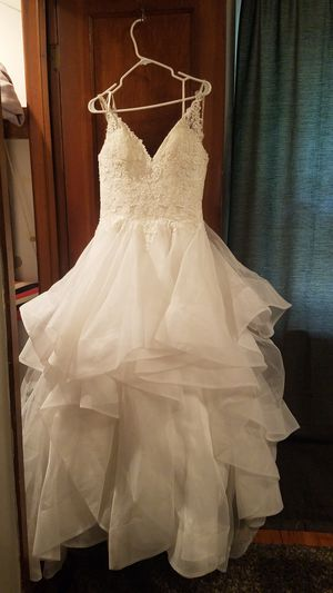 Retail value $1300! Morilee ballgown wedding dress for Sale in Columbus, OH