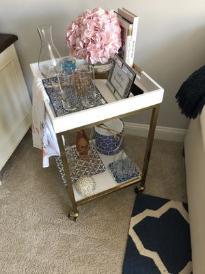 """White 18"""" x 18"""" Square Bar Cart for Sale in Washington, DC"""