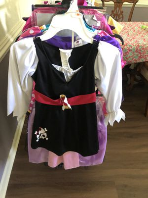 Girls Pirate Costume, California Costume, Size Small 4-6x for Sale in Kissimmee, FL