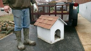 Dog house for Sale in St. Louis, MO