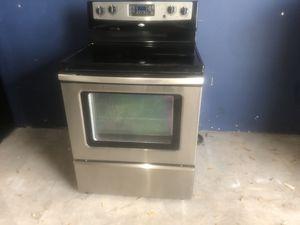 Stainless steel kitchen appliance set for Sale in Winter Park, FL