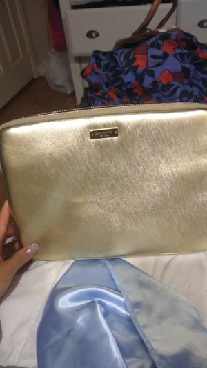 Kate Spade tablet or small lap top case for Sale in Escondido, CA