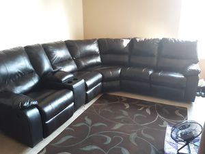 3 piece reclining sectional sofa for Sale in San Diego, CA