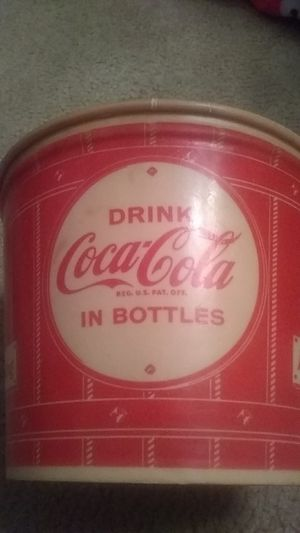 Vintage coca cola popcorn bucket 1950s for Sale in Kingsport, TN