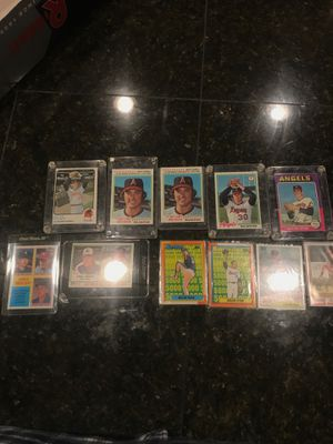 Nolan Ryan assorted Baseball cards for Sale in Damascus, OR