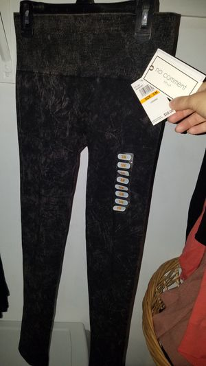 Nwt leggings for Sale in West Seneca, NY