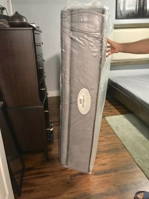 Beauty rest super pillow top mattress all for Sale in Miami, FL
