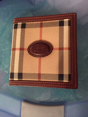 Look-a-like Burberry's leather wallet for Sale in Fairfax, VA