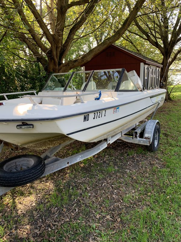 16 ft Boat 70 hp Johnson. With trailer