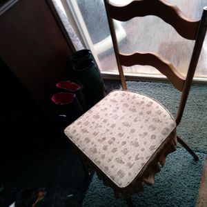Vintage Skirted Single Kitchen Chair for Sale in Hoquiam, WA