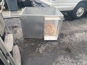 Custom Outside dog house for Sale in Frankfort, IL