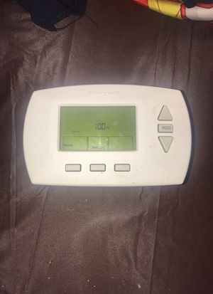 Honeywell Thermostat for Sale in Eastpointe, MI