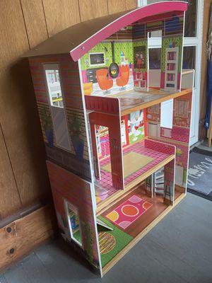 Doll Houses 3 Floors for Sale in Waterbury, CT