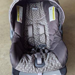 chicco keyfit 30 infant car seat + Base for Sale in San Diego, CA