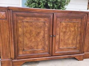 Gorgeous Media Console...Read size Measurements for Sale in Loma Linda, CA