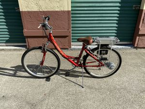 E-Bike women's Ezip Trailz Electric Bicycle for Sale in San Leandro, CA