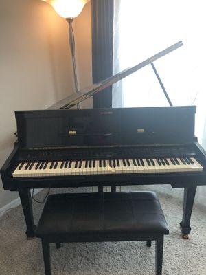Suzuki baby grand piano for Sale in St. Cloud, FL