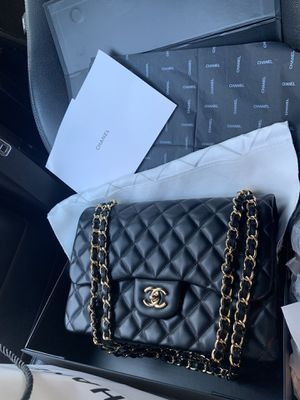 Chanel classic jumbo double flap bag for Sale in Jersey City, NJ