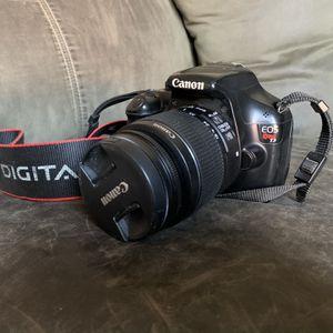 Canon EOS Rebel T3 for Sale in Rohnert Park, CA
