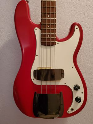 Vintage MIK Hondo precision bass guitar. Fender p bass copy with jazz neck. for Sale in Miami, FL