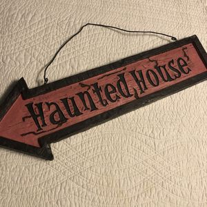 Haunted house sign (almost 2 ft) for Sale in Oakley, CA