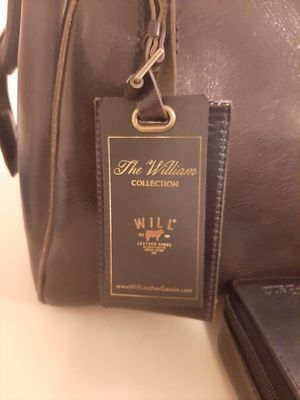 Williams Collection Leather Duffle Bag for Sale in Taylor, MI