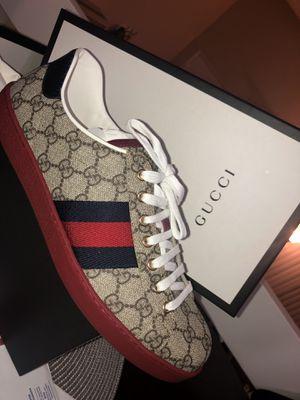 Ace gg supreme Gucci sneakers 10.5 for Sale in El Cajon, CA