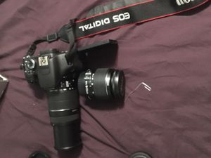 Cannon EO5 rebel T3i for Sale in Fresno, CA