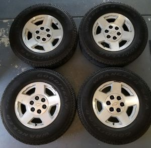 "2006-2013 Chevy Tahoe Yukon Suburban OEM 17"" Wheels for Sale in Los Angeles, CA"